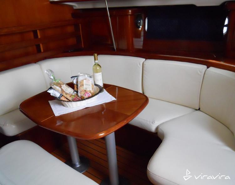 Slider 4356230440500618 oceanisclipper411 interior
