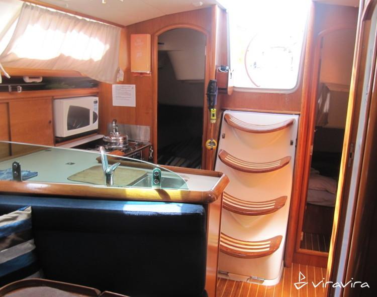 Slider 762193080000101954 alpha1 interior 9