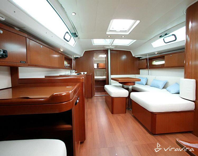 Slider 1193419080000100000 oceanis 40 interior