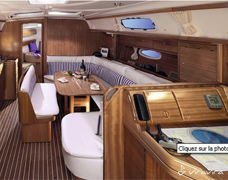 Slider 100251660000100000 bavaria39 interior