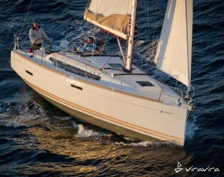 Slider 2307110185900137 boat 379 exterieur 20110823100301