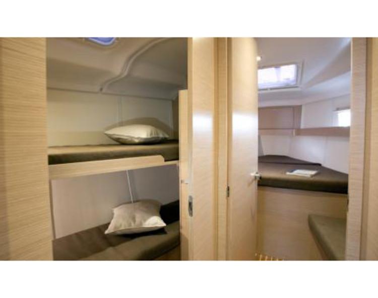Slider 684268870000100111 cabin